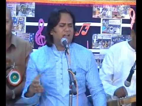 Ustad Ghulam Niyaz Khan - Raag Pooriya Dhanashree Part 1