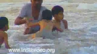 Ernakulam India  City new picture : Enjoying the Cherai beach, Ernakulam, India, Kerala Videos