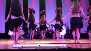 Spectacle Moemoea du groupe Tahiti Ora.