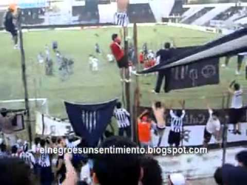 La hinchada de Chaco For Ever Vs Gimnasia Y Tiro De Salta 2011 - Los Negritos - Chaco For Ever