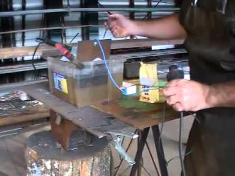 maquina de soldar casera - VÍDEO PATROCINADO POR WELDERMEX EXPERTOS #1 EN SOLDADURA, VÍSTANOS http://www.weldermex.com.mx/ http://weldermex.blogspot.mx/ http://www.facebook.com/pages/W...