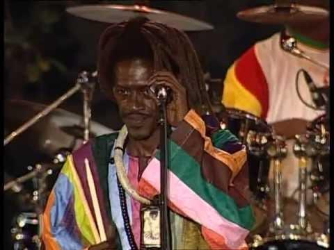 Cheikh Lô - Doxandeme/Sénégal-Brezil/Cheikh Ibra Fall (Río Loco, Toulousse, June 2006)