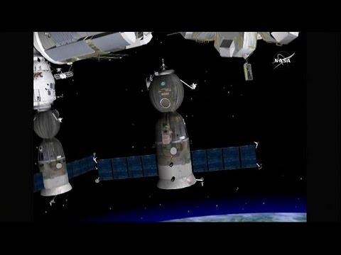 Επιστροφή στη Γη για το ρωσικό διαστημικό αεροσκάφος Soyuz