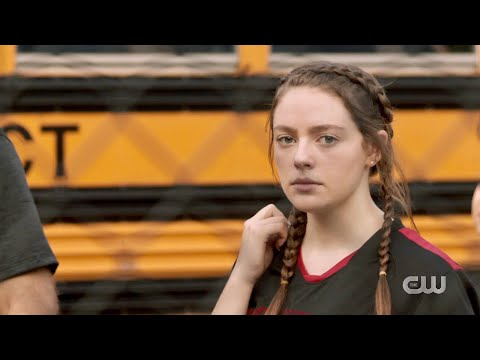 Legacies 2x03 Hope arrives at Salvatore School (FULL HD)