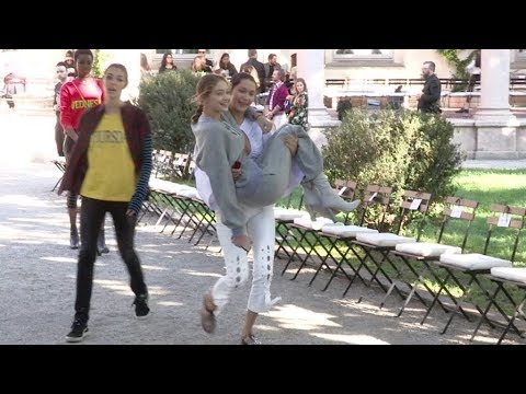 EXCLUSIVE - Bella Hadid and Gigi Hadid have a blast while rehearsing for the Alberta Ferretti Fashio