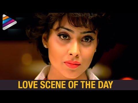Vikram Loves Shriya in Shower | Love Scene of The Day | Mallanna Telugu Movie