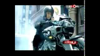 Planet Bollywood News - Salman Khan takes a bike ride on the sets of Jai Ho, Akshay's movie enters the Guinness World Record