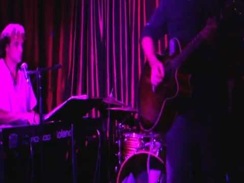 Eddie Warren Acoustic She knows