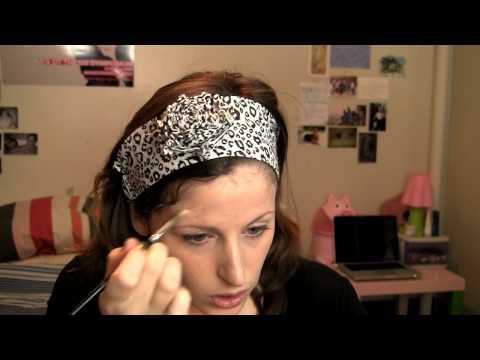 Coprire acne e brufoli