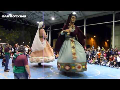 Les Preses Gala 2012 Ball dels Gegants la granota i els calabotins