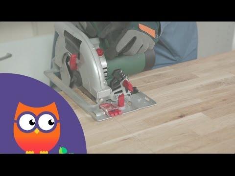 Découper un plan de travail en bois (Ooreka.fr)