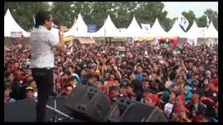 Video Tipe X - Salam Rindu (Live at Mayday Fiesta 2014 FSPMI Purwakarta) MP3, 3GP, MP4, WEBM, AVI, FLV November 2018