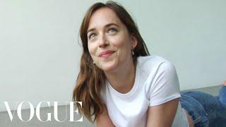 Dakota Johnson Finds Her Inner Supermodel | Vogue
