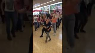 Footloose Flash Mon @ Tesco Brookfied 2