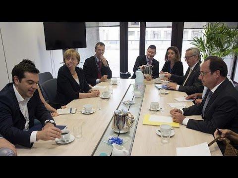 Κρίσιμες ώρες για την Ελλάδα-Σύνοδος Κορυφής της ευρωζώνης σε εξέλιξη