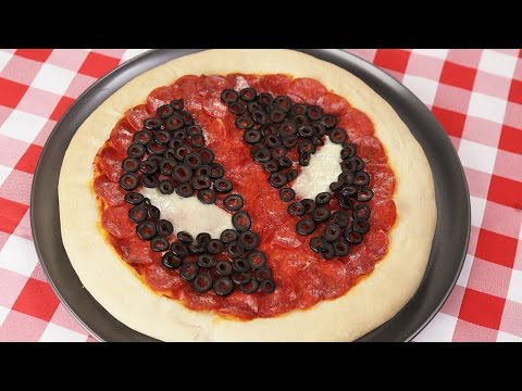 How to Make a Deadpool Themed Pepperoni Pizza