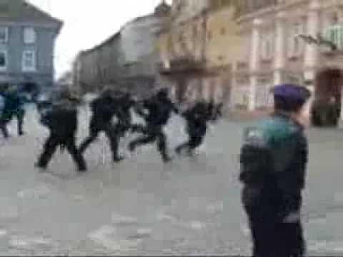 La police roumaine dans sa splendeur !