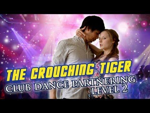 Клубные танцы: движение crouching tiger. Смотри онлайн.