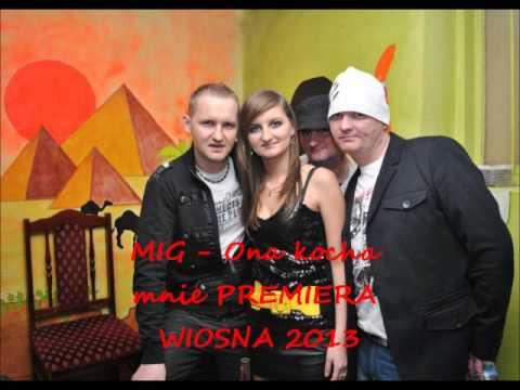 Tekst piosenki Mig - Ona kocha mnie po polsku