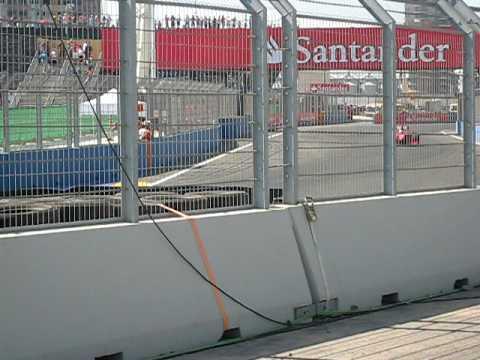 Luca Badoer  durante la 3ª sesión de entrenamientos (Valencia)