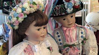 Náhled - Galerie Lautner: Obrazy a krojované panenky