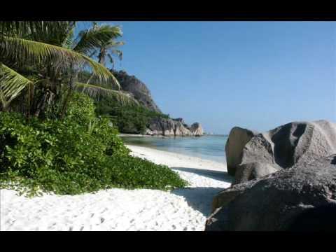 beaches wallpapers-slideshow-1