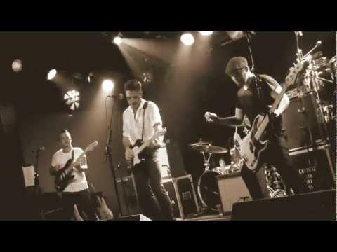 I uploaded 2 videos of @kingcannons performing @013 Tilburg