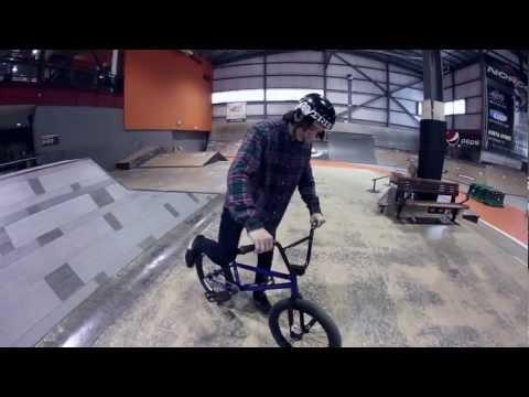 TAZ Trick Tips - BMX - Tailwhip (Jordane Dubois)