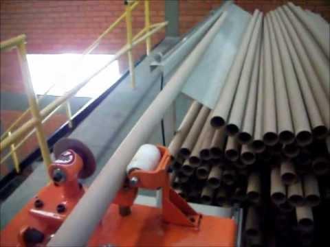 Tubeteira - Tubeteira H2000 - Velocidade: 30 metros/min. Produção: 750 tub.de 2500mm. p/ h. Potência instalada: 3 CV Alimentação: 220/380 VCA trifásica. Controle de cort...