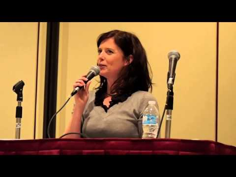 stargate atlantis - Torri Higginson talks about the restraining order that the rest of the cast of Stargate Atlantis has against her; and the fact that Jason Momoa (Game of Thro...