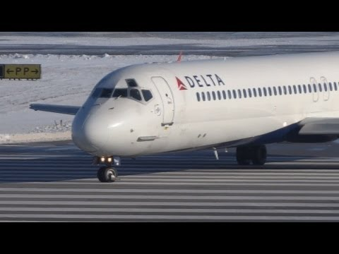 dc9 - Very cool how he held his brakes! This thing was LOUD! Next Video- Delta 757-200 departure on 3L Video Dedications: Jonahair747 Info on this flight: Flight #- DAL1330 Aircraft- McDonnell...