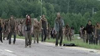 Download Video Rick And Michonne Kill Walkers With Car Scene MP3 3GP MP4