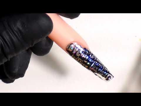 uñas acrilicas para navidad en negro con foil super elegantes