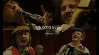 Video Motovidlo Praha: Sto ovec