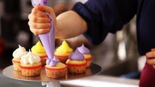 5 Cupcake Icing Techniques | Cake Decorating