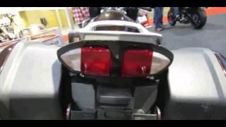 8. 2014 Yamaha FJR1300 Walkaround