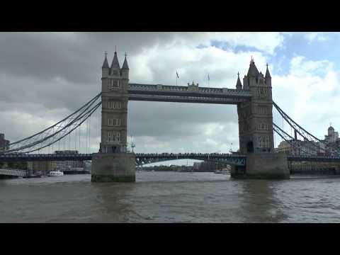 London per Boot auf der Themse erkunden
