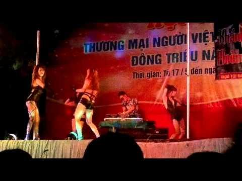 DJ TURBO và vũ đoàn bốc lửa biểu diễn tại Đông Triều