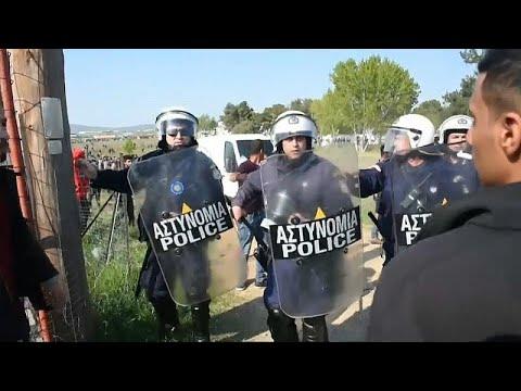 Griechenland: Internet-Gerücht setzt Migranten in Mar ...
