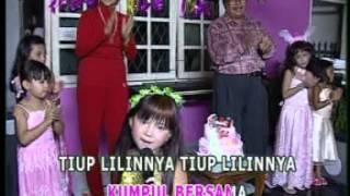 Video Tiup Lilin Cipt. Aida R MP3, 3GP, MP4, WEBM, AVI, FLV Oktober 2018