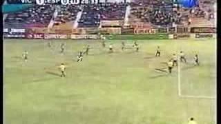 1º Gol de Héctor Flores