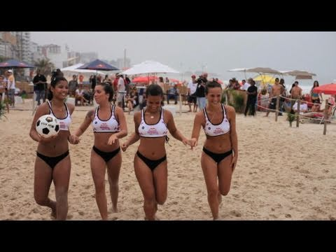 competition - Cick on CC button for subtitles One of the most popular beach ball games of Rio de Janeiro met its first competition format with Red Bull Roda de Bola. For y...