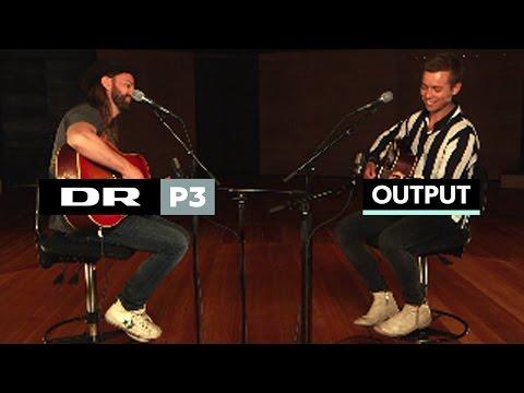 christensen - Tag to af Danmarks største mandlige singersongwriters. Tilsæt guitarer, Koncerthuset og inderlighed. Så har du første single fra Mads Langer og Tim Christens...