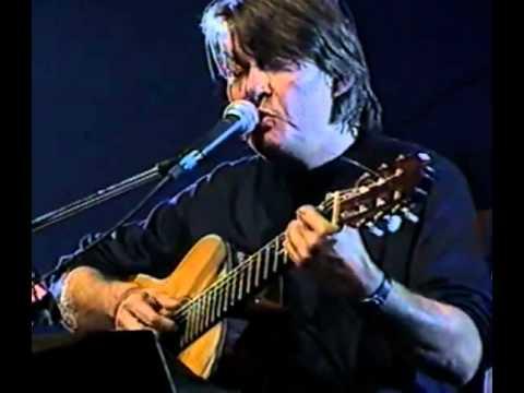 , title : 'Fabrizio De Andrè  -  Le passanti (1992, live)'