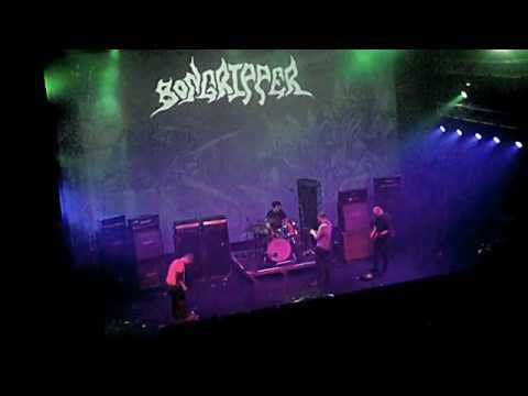 Back for another crushing @Roadburnfest set; @bongripperdoom at the Afterburner [video] #Roadburn