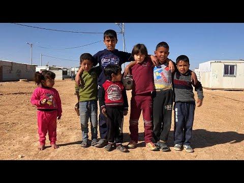 Χιλιάδες προσφυγόπουλα αναζητούν προοπτική στον καταυλισμό Ζαατάρι…