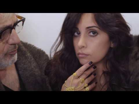 Yasmine Hamdan - La Ba'den (music video by Elia Suleiman)