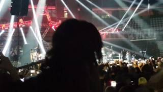 Download Lagu Ivan Zak Arena Zagreb 11.02 početak koncerta - Ilegala Mp3