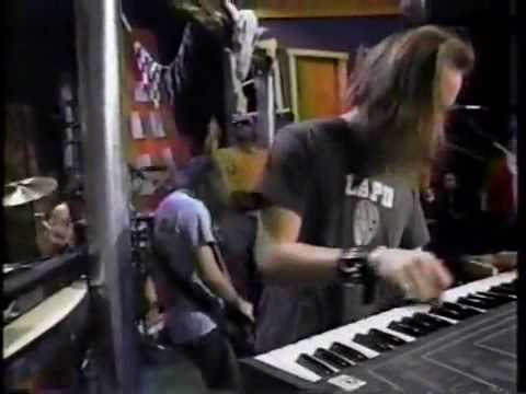 Faith No More – Edge Of The World (Live @ Yo MTV)