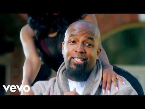 Tech N9ne Ft. B.o.B & 2 Chainz  - Hood Go Crazy